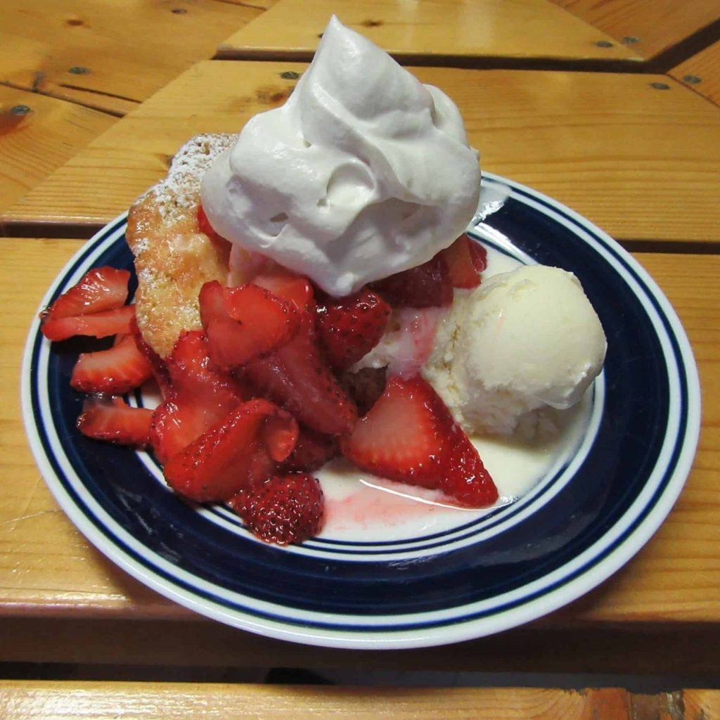 Strawberry Shortcake, Dining, Geronimo Trail Guest Ranch