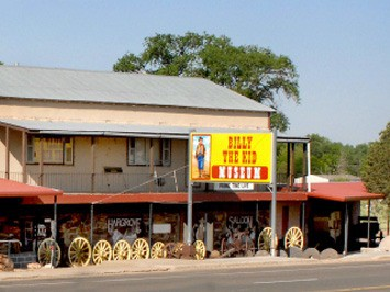Billy the Kid Museum, History, Outlaws, Cowboys, Gunfighters, New Mexico, Geronimo Trail Guest Ranch